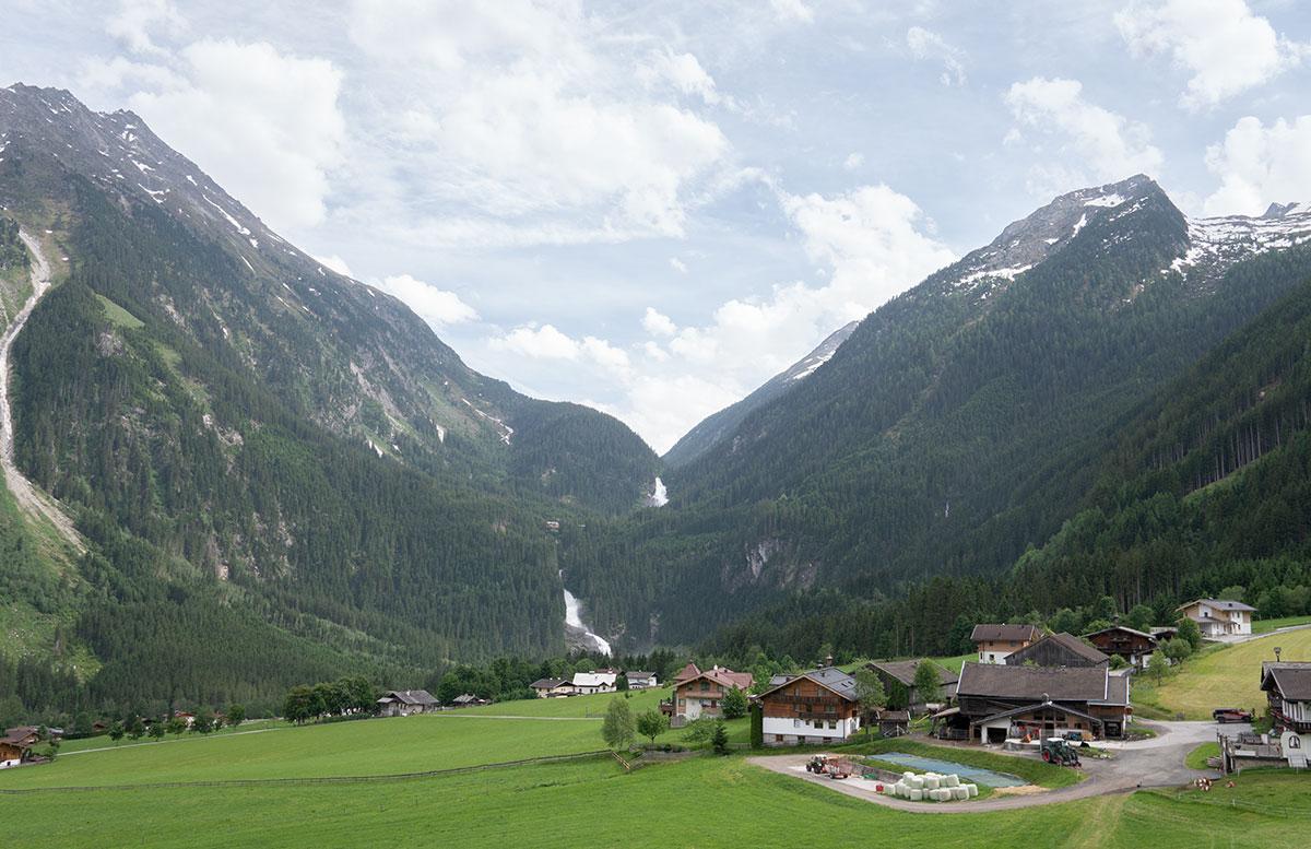 Die-Krimmler-Wasserfälle---die-größten-Wasserfälle-Europas-ort-krimml