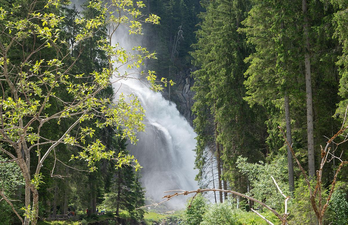 Die-Krimmler-Wasserfälle---die-größten-Wasserfälle-Europas-wasserfall