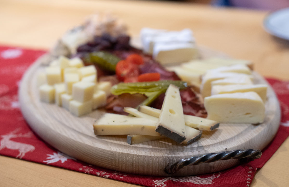 Die Pressereise ins Glück - Wie das Yapadu nach St. Johann kam wilder käser käseplatte