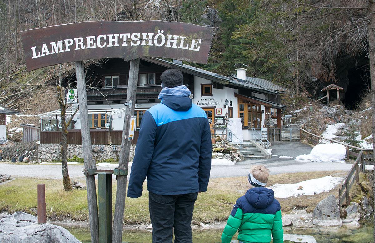 Die-Saalachtaler-Lamprechtshöhle-in-St.-Martin-bei-Lofer-eingang