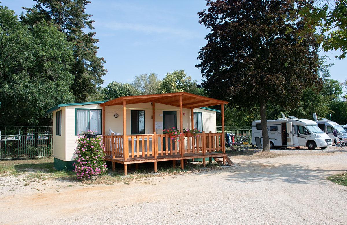 Die Therme Bük - Heilwasser und Rutschenspaß für die ganze Familie campingplatz mobilheim