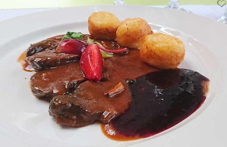 Die-Therme-Bükfürdo-und-Restaurant-Tipps-für-Bük-furdo-etterem-hirsch