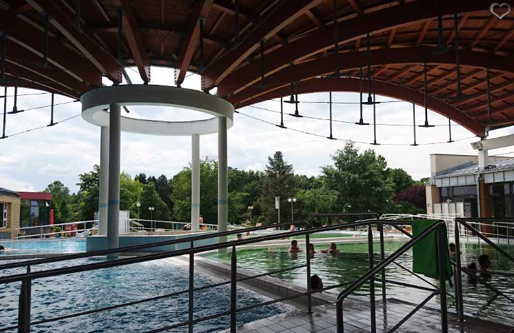 Die-Therme-Bükfürdo-und-Restaurant-Tipps-für-Bük-thermalbad-und-schwimmbad