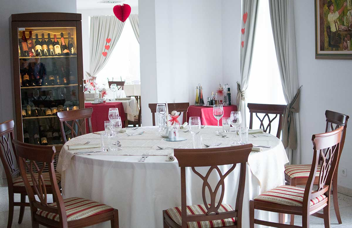 die römische Therme - Rimske Terme in Rimske Toplice essbereich restaurant
