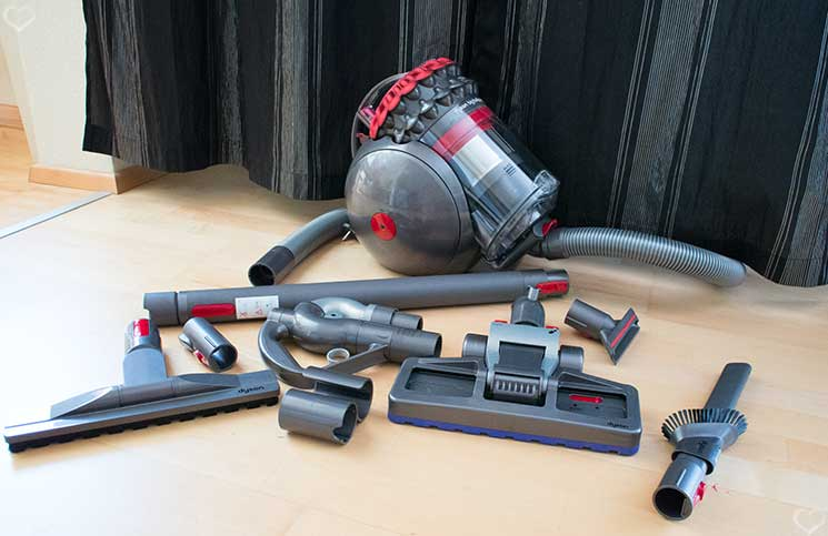 Dyson-Big-Ball-Parquet-inhalt