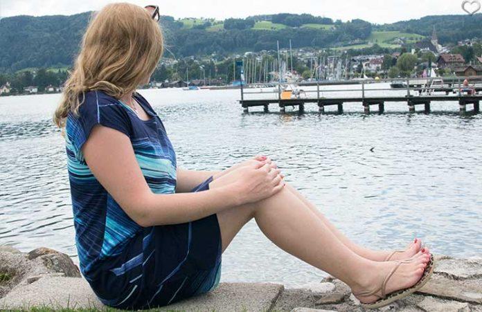 Ein-Sommertag-am-Traunsee-blick-auf-den-see