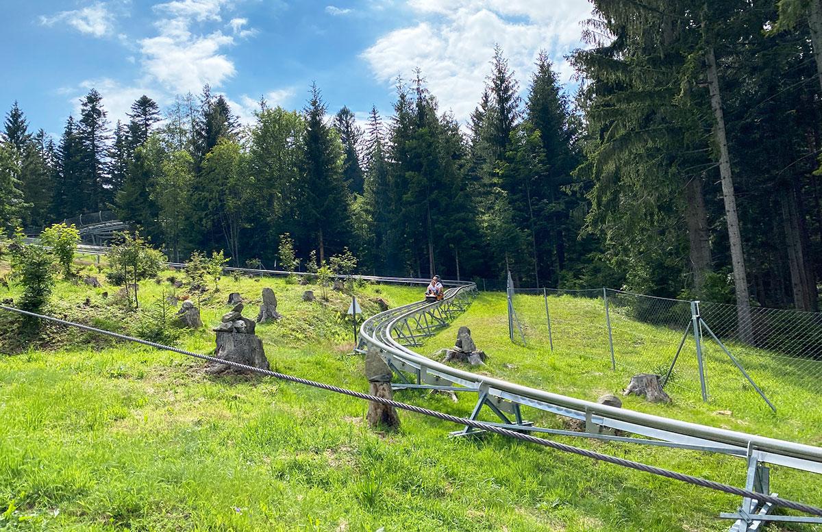 Erlebnisarena-in-St.-Corona-Sommerrodeln-Motorikpark-und-Biken-abfahrt-rodel