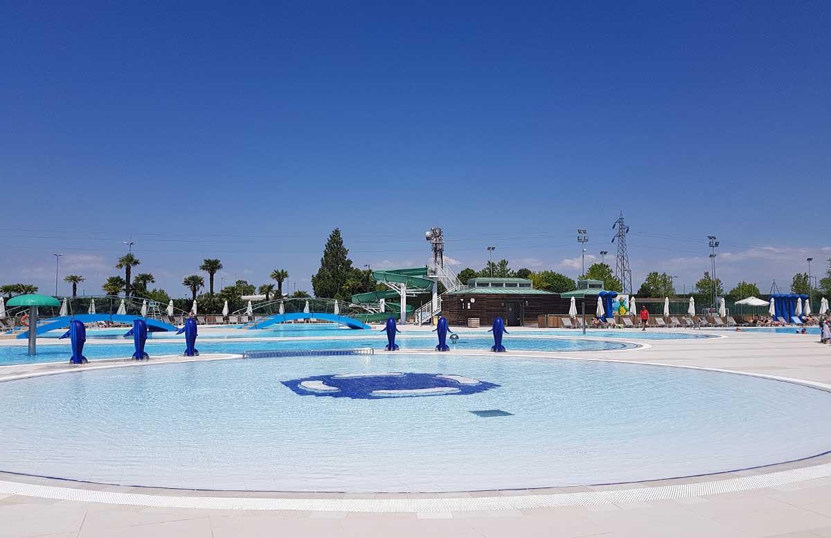 Europa Camping Village Cavallino Venezia poolbereich delfine