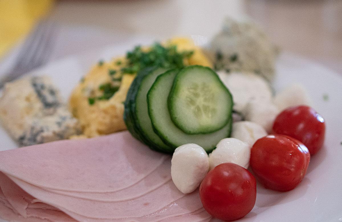 FIT-Familien--und-Gesundheitstage-in-der-H2O-Therme-frühstück