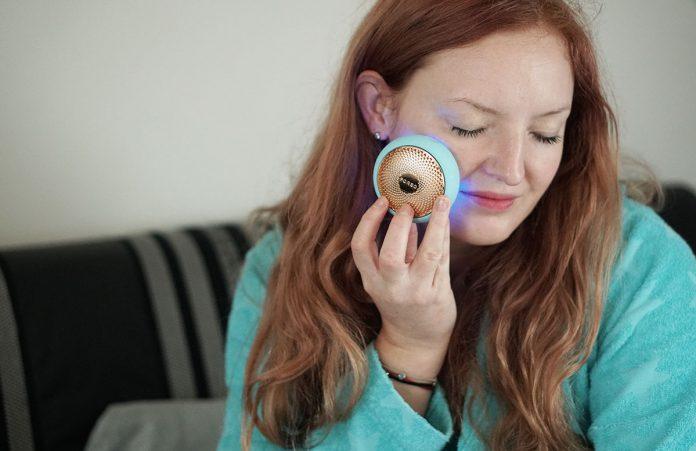 FOREO-UFO-2-Gesichtsbehandlung-für-zu-Hause-beauty-at-home