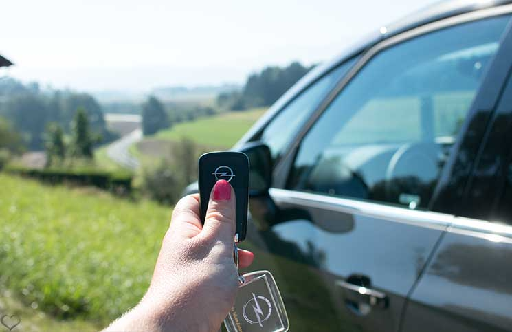 Familien-Trip-nach-Tirol-mit-dem-Opel-Zafira-detail-autoschlüssel