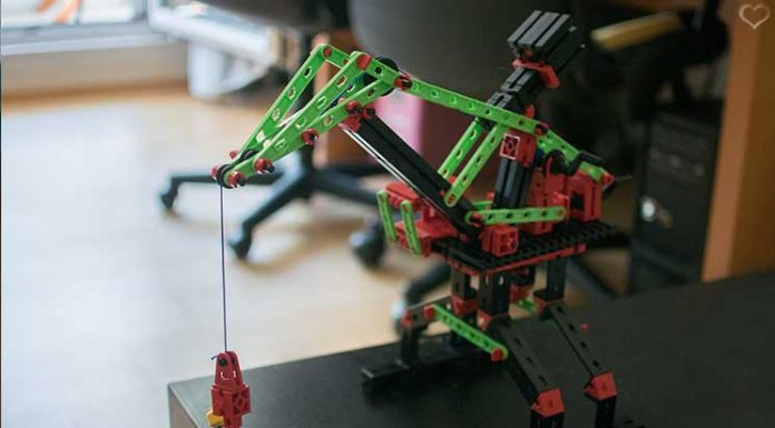 Fischertechnik-Universal-Starter-Set-baukran