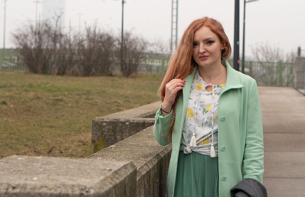 Frühlingslook-in-Mint-und-Abnehm-Tipps-blick-in-die-ferne