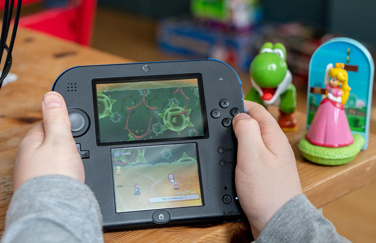 GEWINNSPIEL-Mario-&-Luigi-Abenteuer-Bowser-spiel-beim-spielen