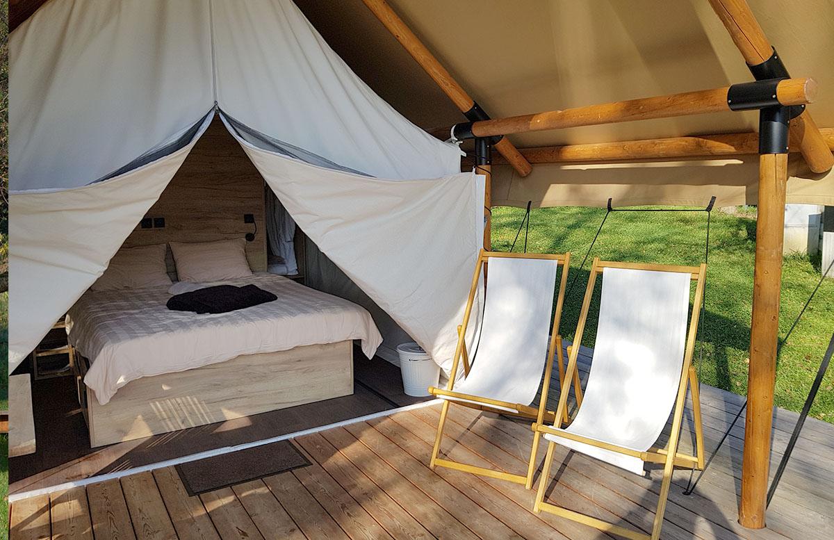 Glamping Resort Chateau Ramsak in Slowenien zelt von innen