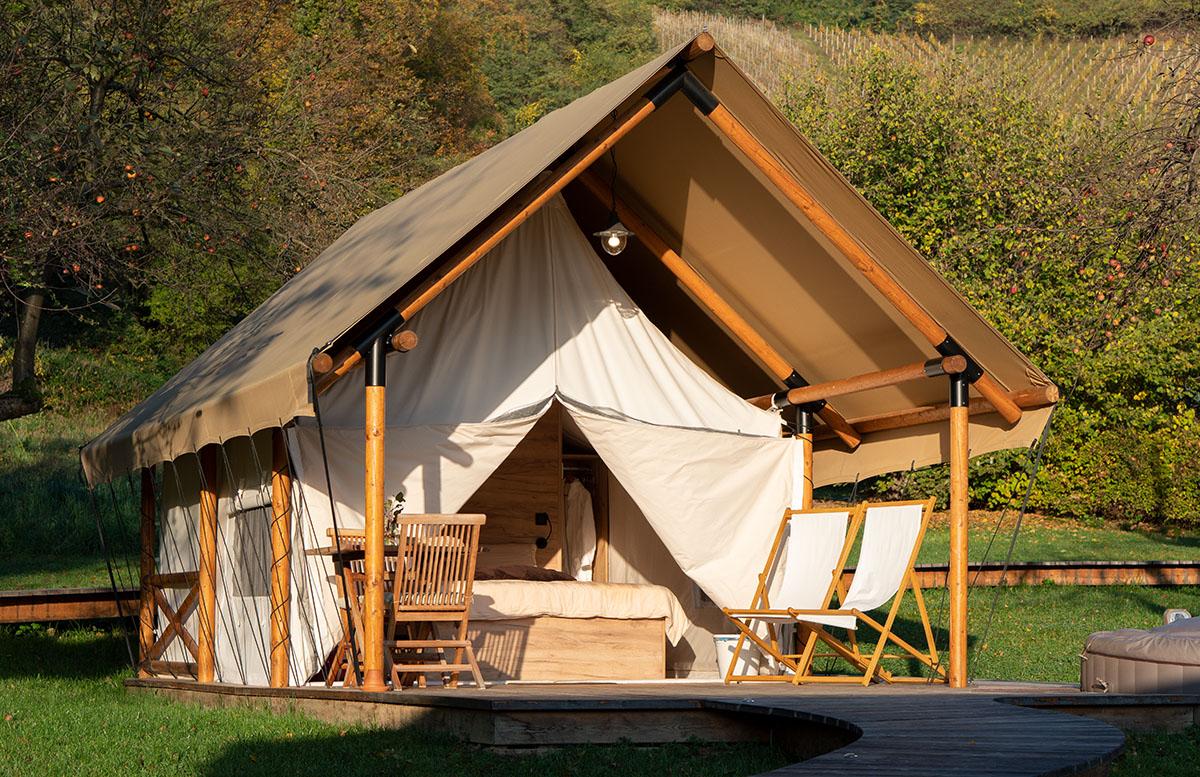 Glamping Resort Chateau Ramsak in Maribor baumhaus camping zelt