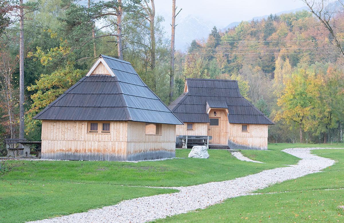 Glamping im Slovenia Eco Resort Kamnik blockhütten
