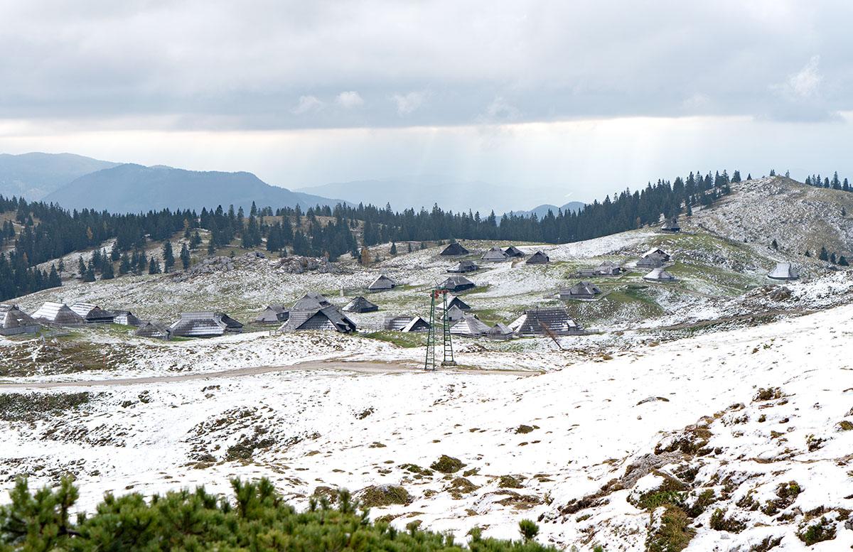 Glamping im Slovenia Eco Resort Kamnik velika planina blockhütten