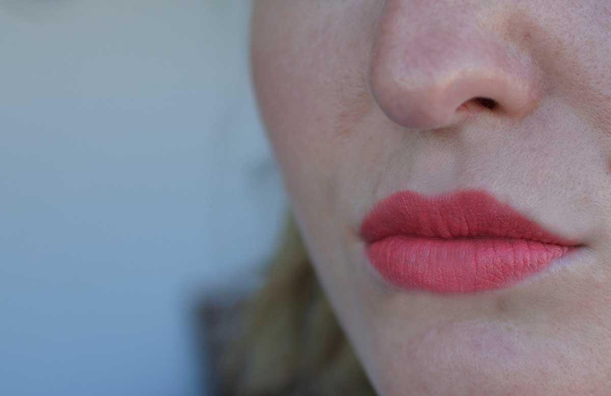 Guerlain KissKiss Matte und KissKiss from Paris matter lippenstift auf lippen