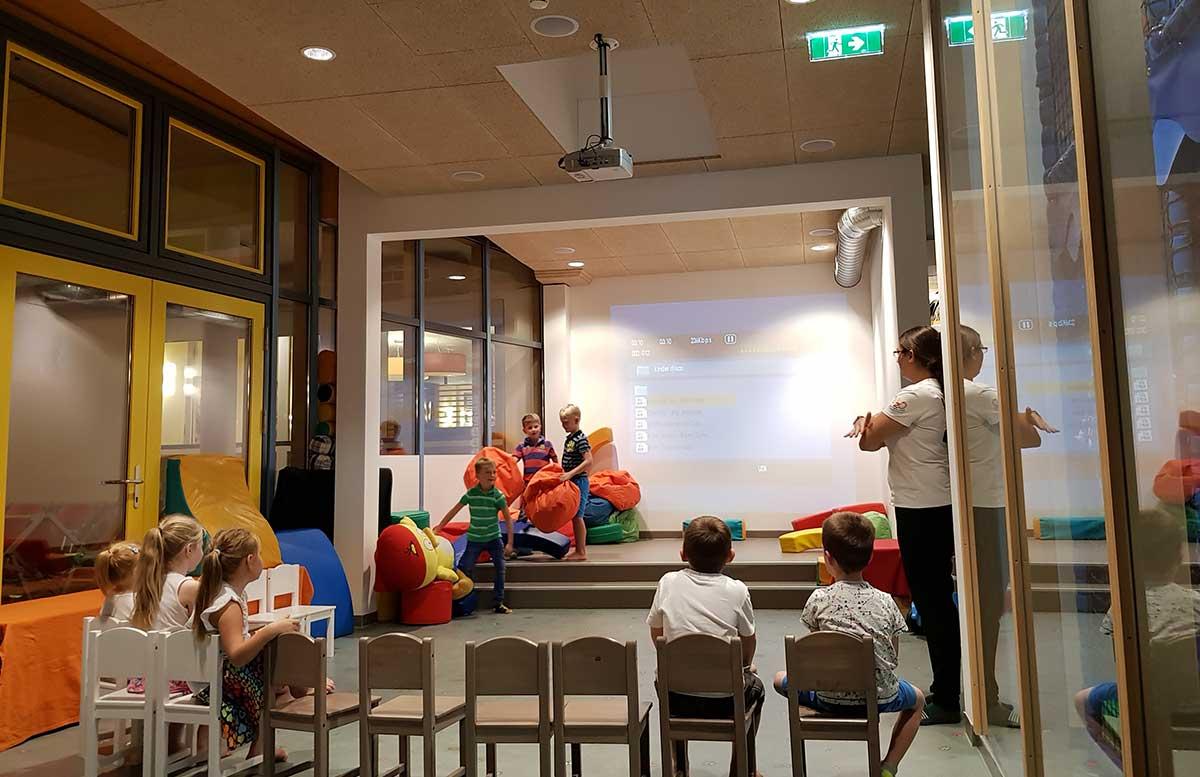 Sommerspaß im H2O Hotel Thermen Resort spielewelt spiele mit kindern