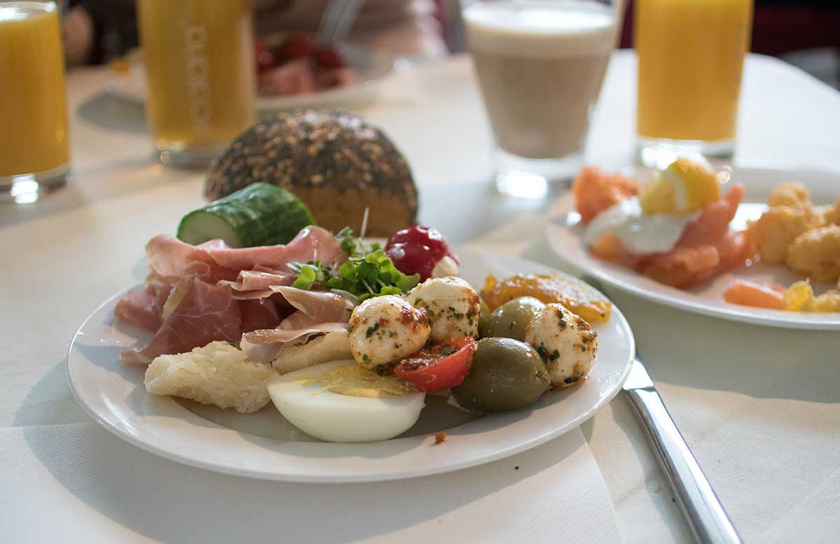 Haarmania 2017 Ausflug nach St. Wolfgang scalaria hotel frühstück