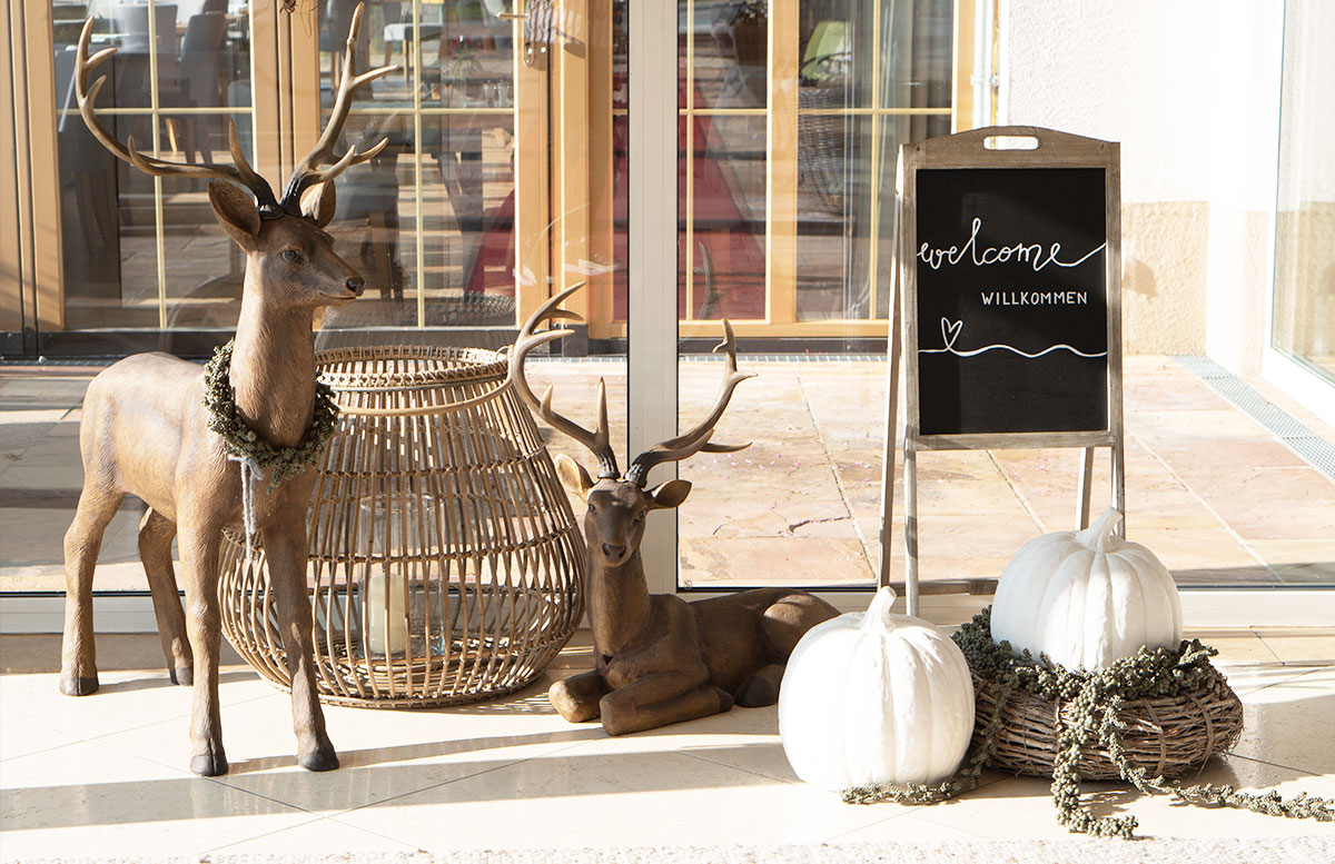Herbstferien-im-Hotel-Oberforsthof-in-St.-Johann-WILLKOMMEN
