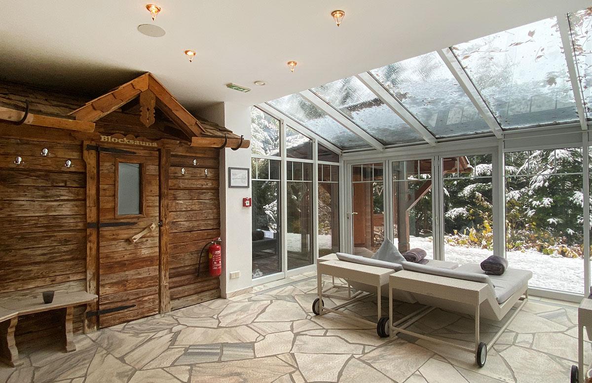 Herbstferien-im-Hotel-Oberforsthof-in-St.-Johann-sauna