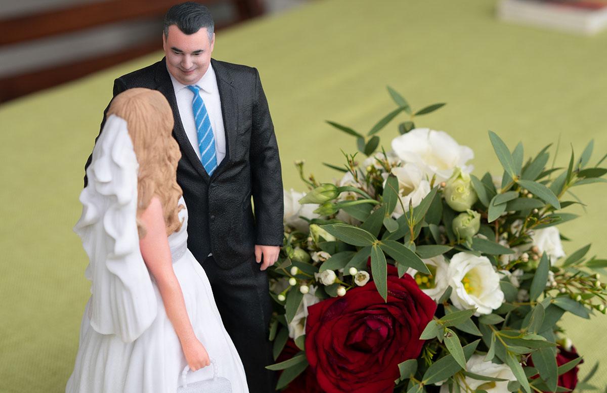 Hochzeitspaar-3D-Figur-von-3D-Generation-detail-bräutigam
