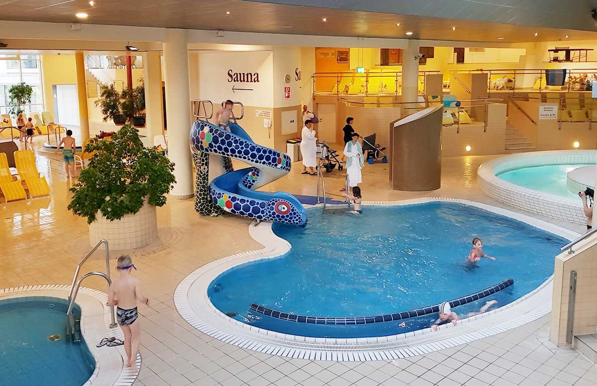 Hotel Allegria Resort Stegersbach by Reiters poolbereich schlangenrutsche