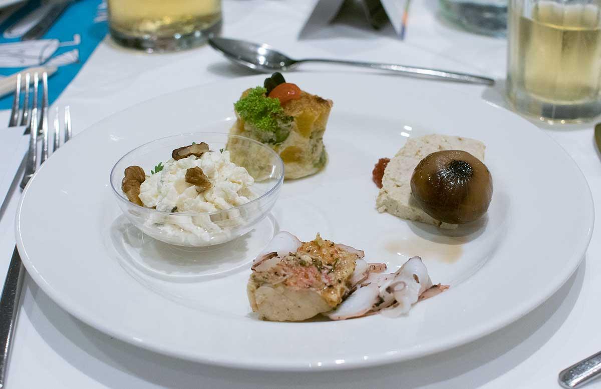 Hotel Allegria Resort Stegersbach by Reiters essen tisch abendessen vorspeisen