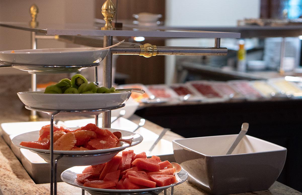 Hotel-Bismarck-in-Bad-Hofgastein-frühstück