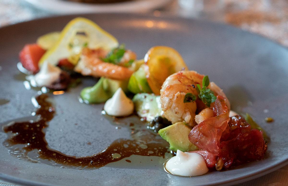 Hotel-Bismarck-in-Bad-Hofgastein-garnelen-tomaten-salat