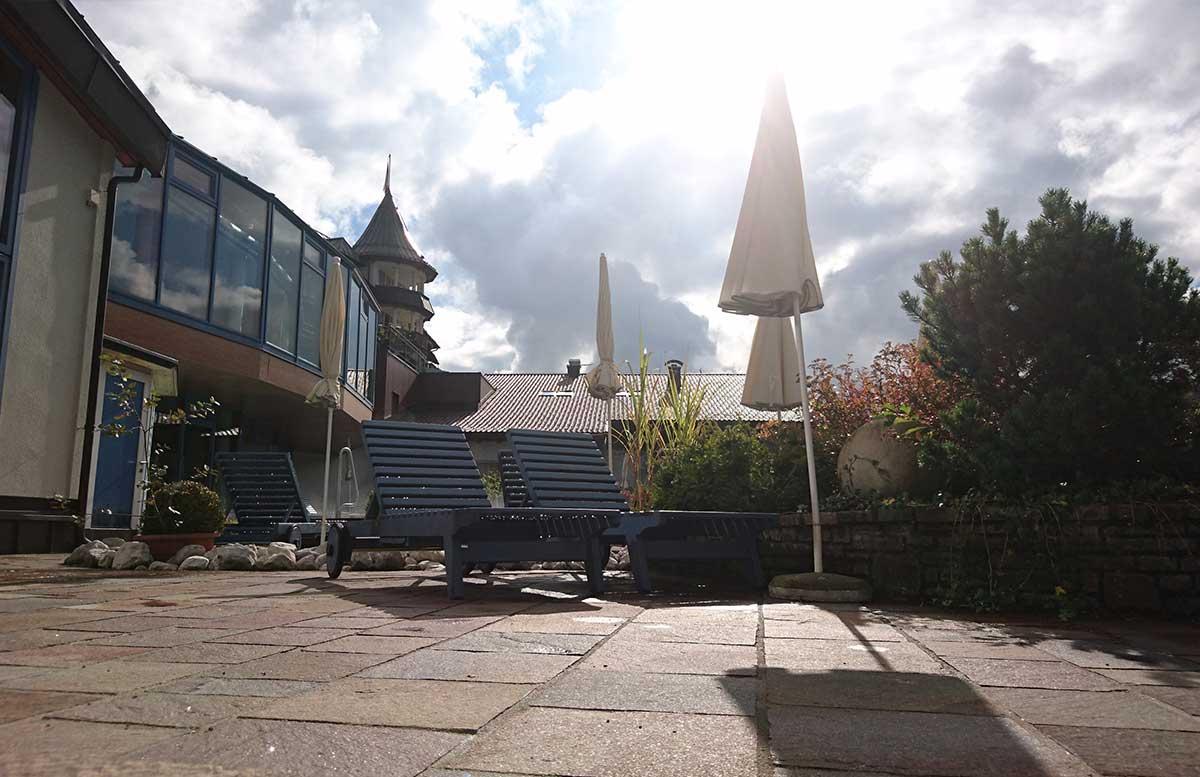 hotel-ebners-waldhof-am-see-outdoor-wellness