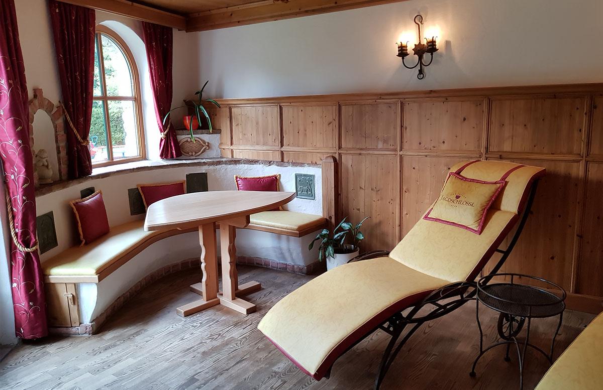 Hotel Gasteiger Jagdschlössl in St. Johann in Tirol wellnessbereich