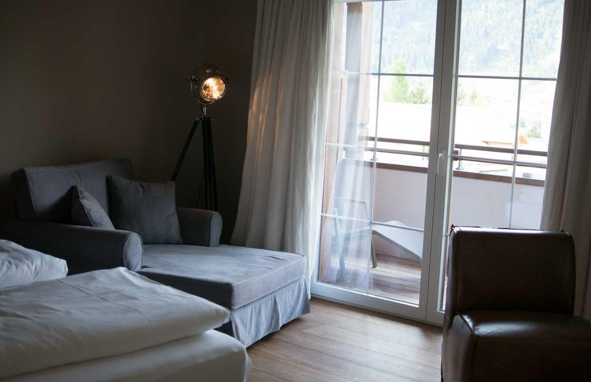 Hotel Gut Weissenhof in Radstadt schlafzimmer kuschelcouch, sofa, terrasse