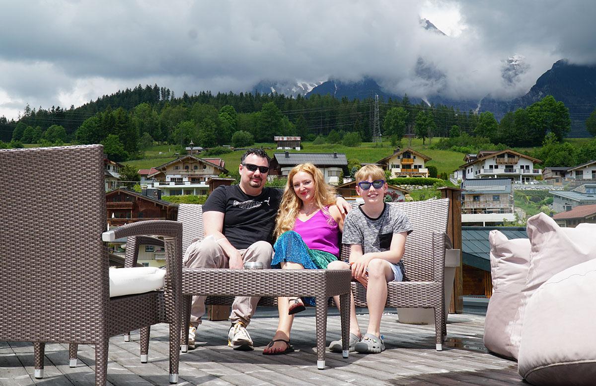 Hotel-Niederreiter-in-Maria-Alm-Salzburger-Land-FAMILIE-TERRASSE