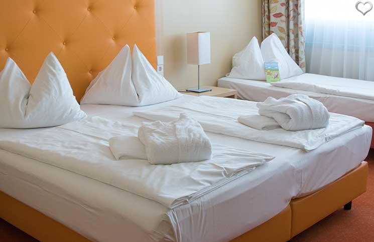 Hotel-Sonnenpark-bei-der-Sonnentherme-Lutzmannsburg-zimmer