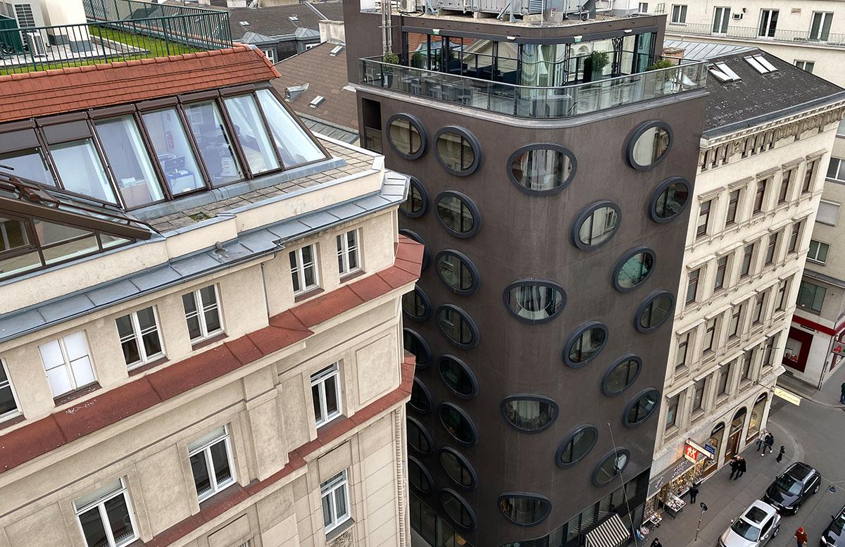 Hotel-Topaz-Lamee-in-Wien-hotel-von-aussen