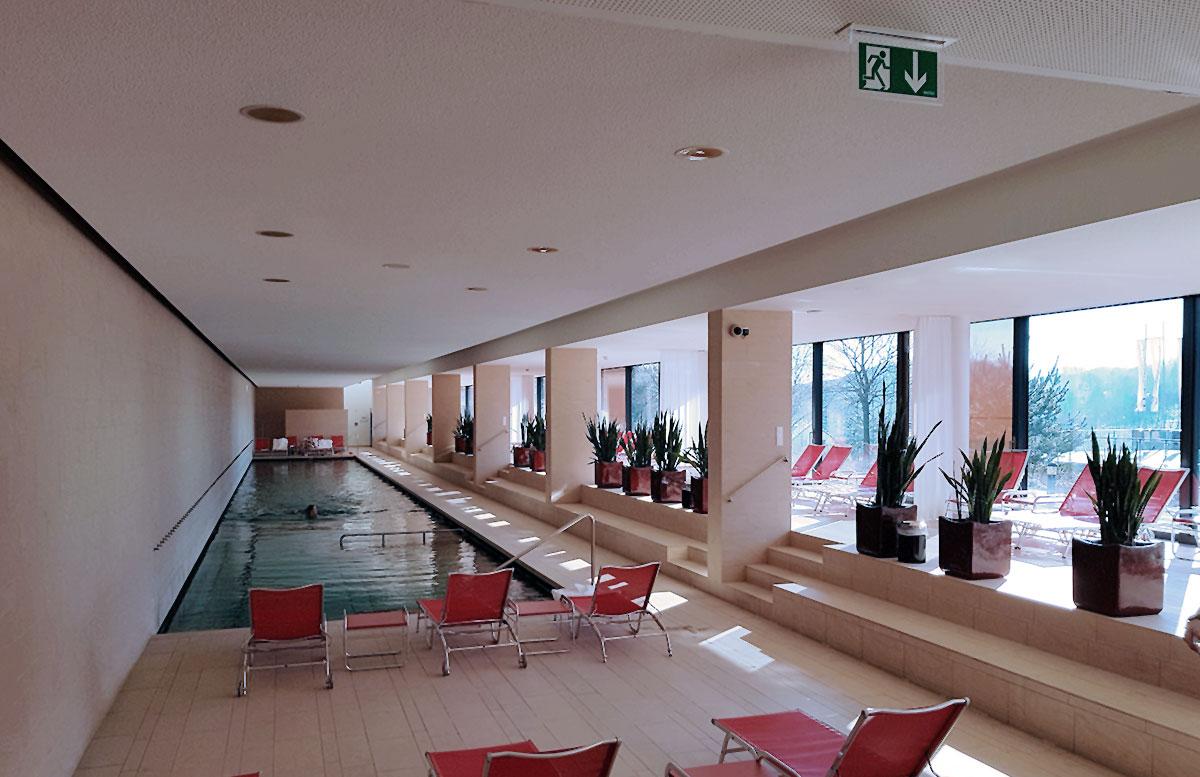 Hotel-das-Sonnreich-in-Loipersdorf-ppolbereich