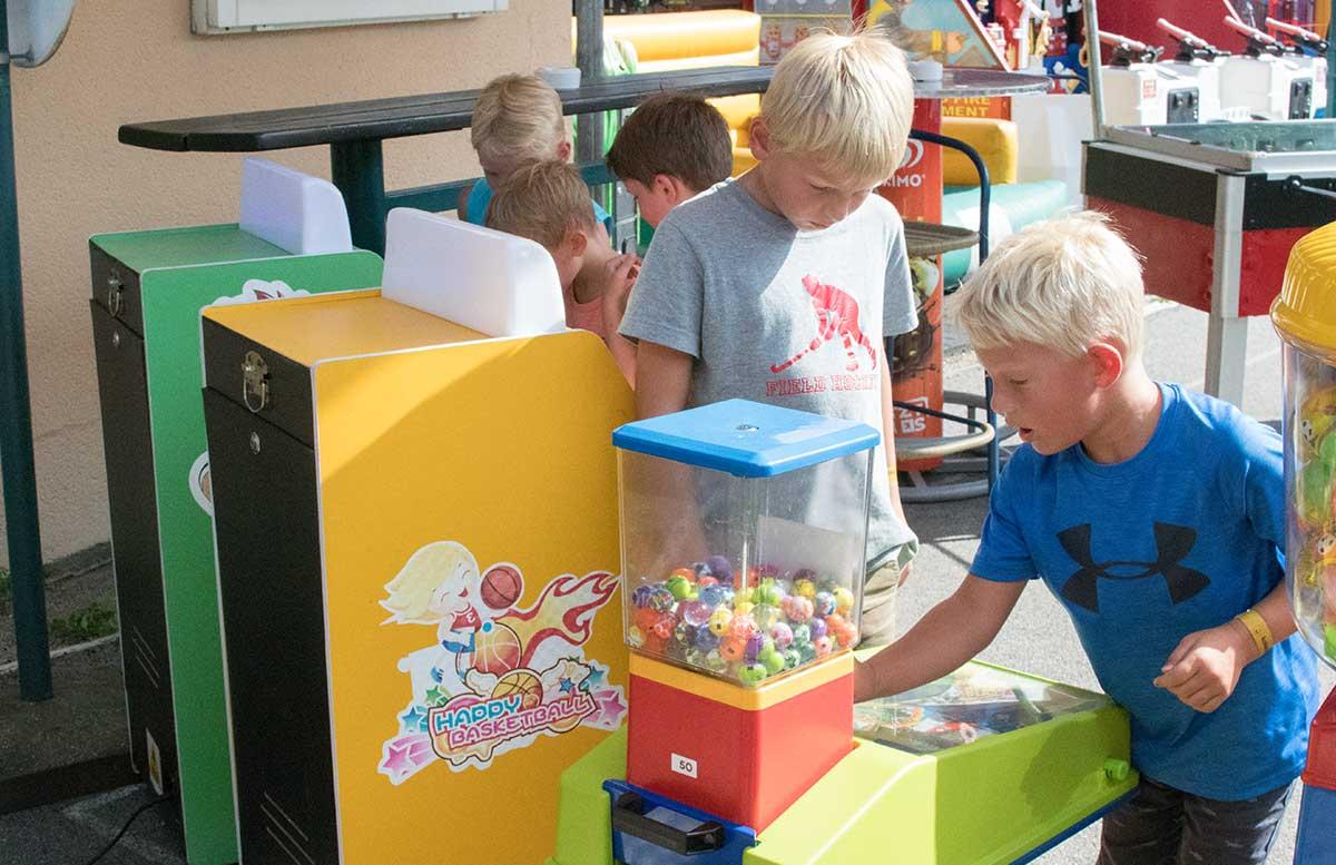 Kindergeburtstag in der Kolariks Luftburg Praterfee automaten