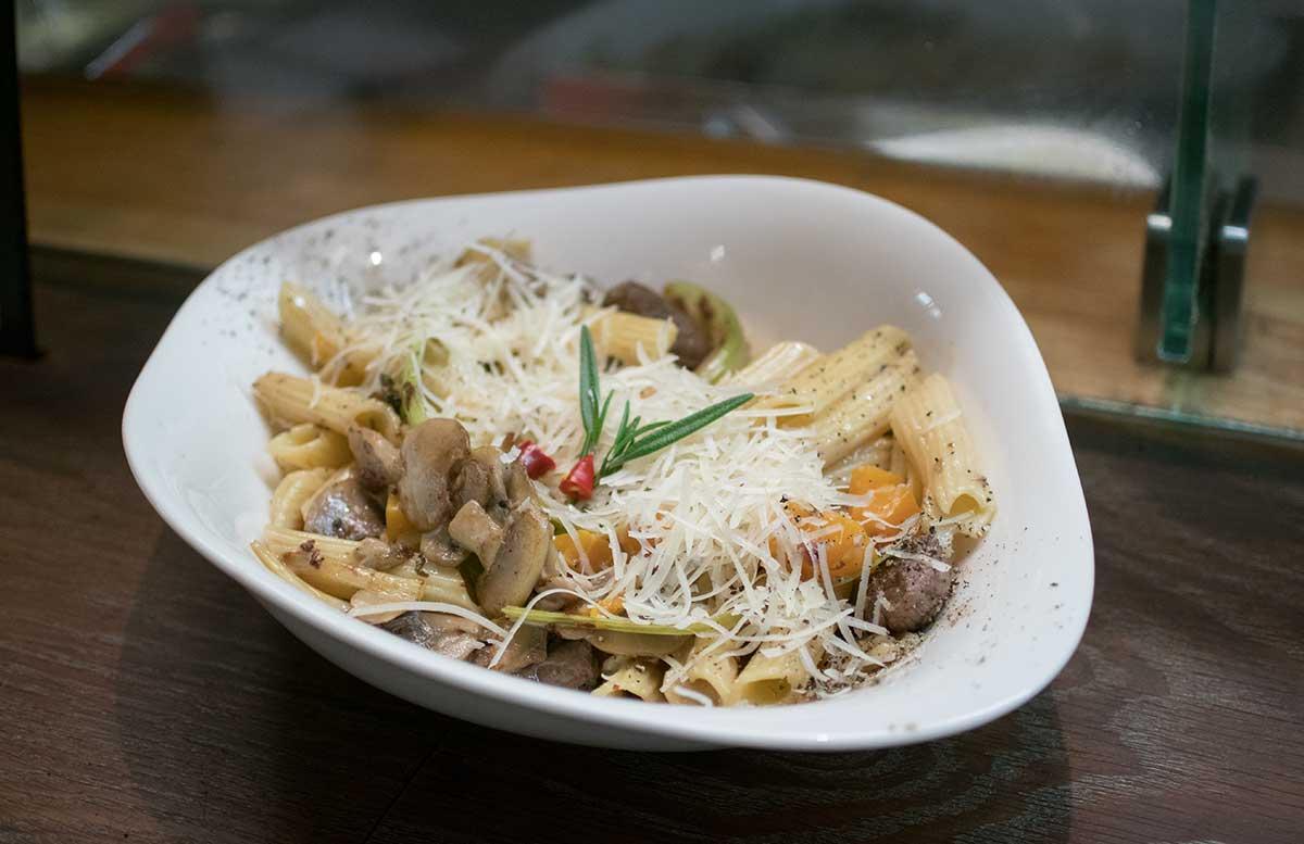 Kochworkshop bei Vapiano glutenfreie Pasta und Pizza rinderfilet pasta