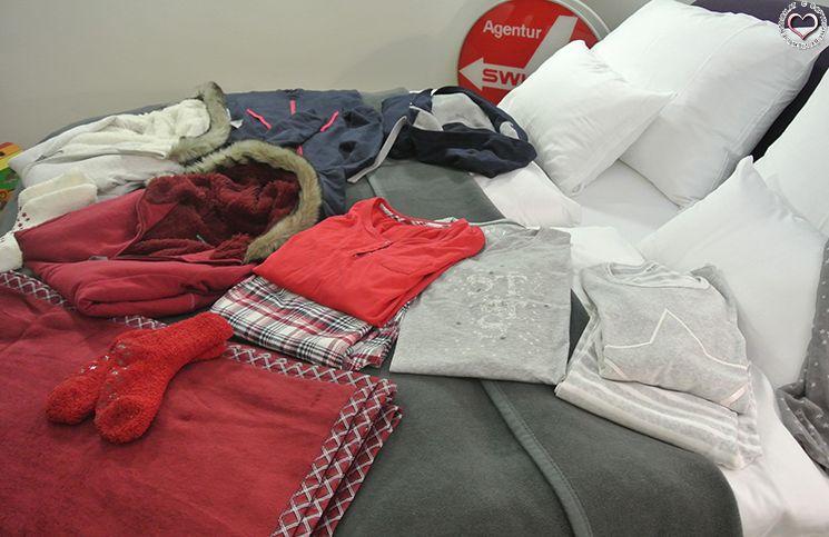 Kuschelkleidung-und-Bettdecken
