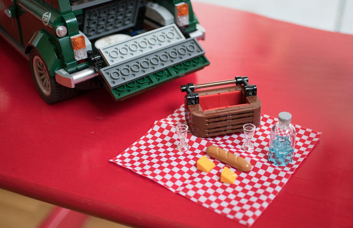 LEGO Creator MINI Cooper Gewinnspiel DETAIL AUTO picknickkorb