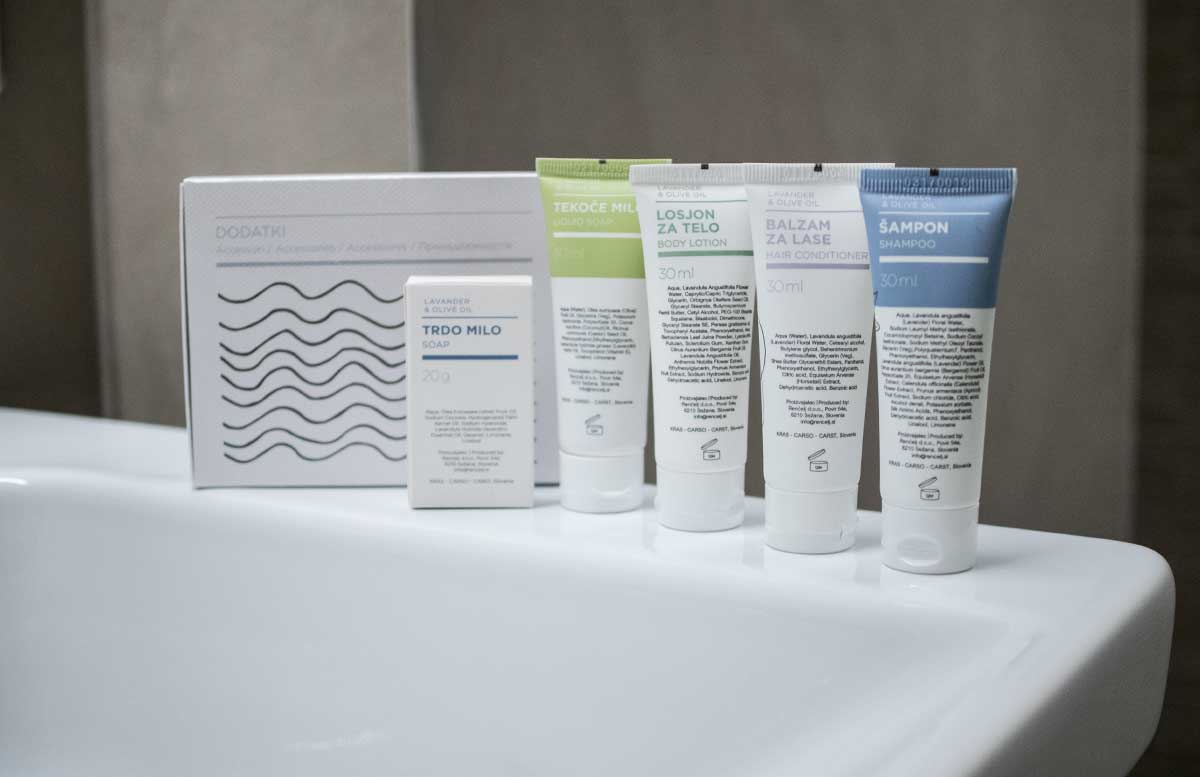 LIFECLASS Portoroz Hotel Slovenia shampoo im zimmer
