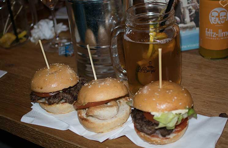 LeBurger-Eröffnung-in-der-Mariahilferstraße-burger-auswahl