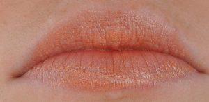 Lippenfarbe-bronze