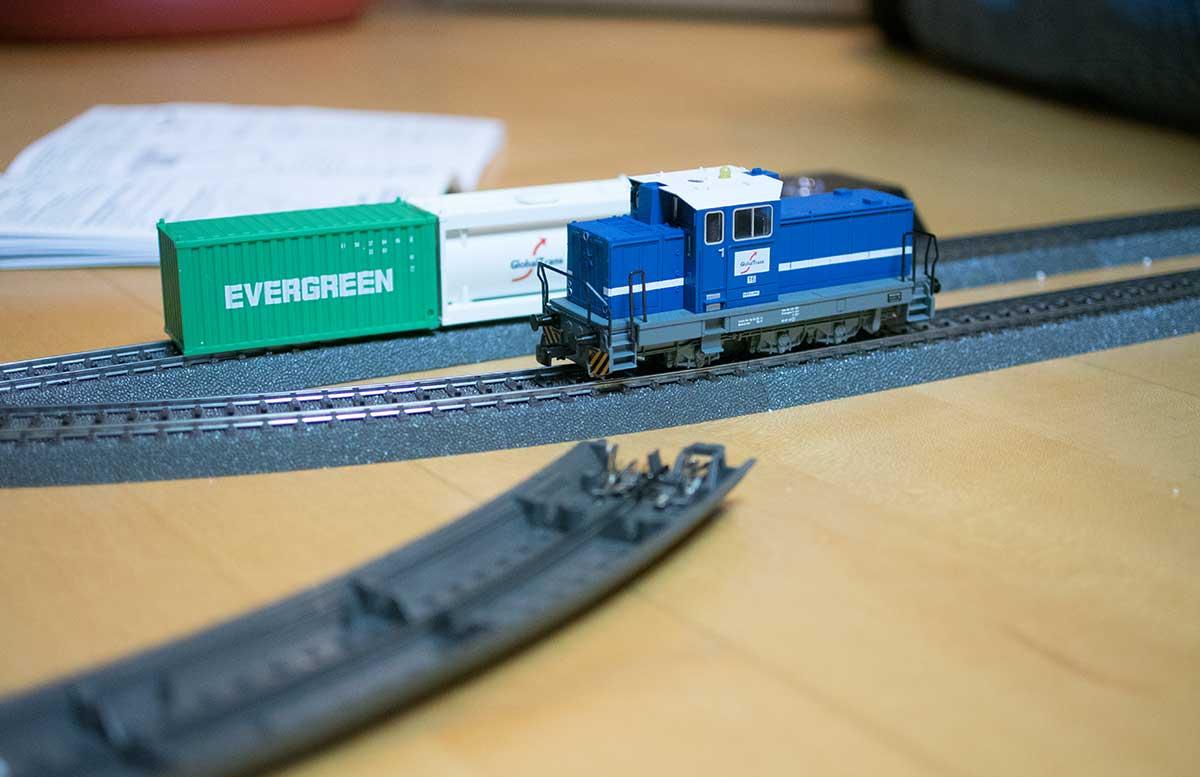 maerklin-start-up-modelleisenbahn-fuer-kinder-lok-detail