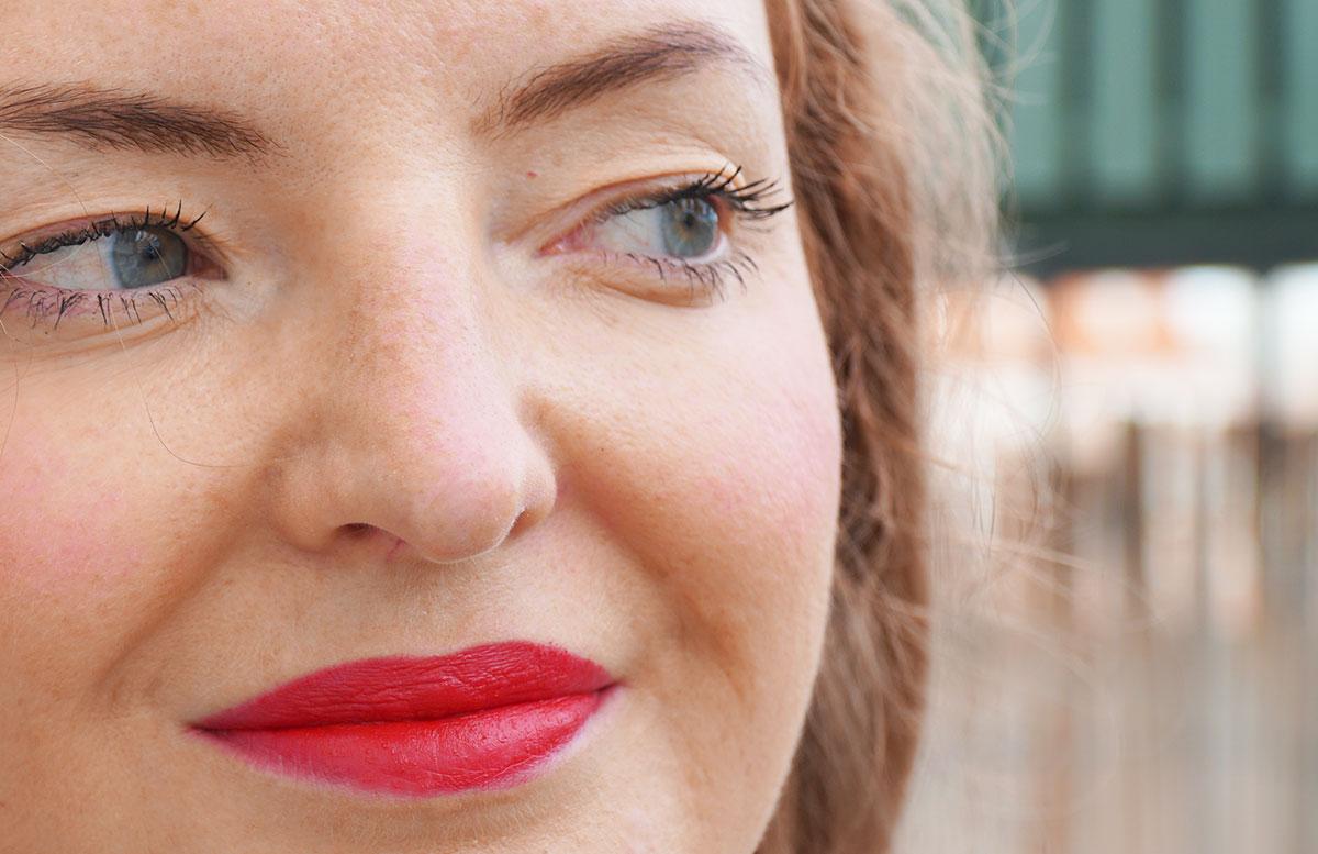 M.-Asam-Magic-Finish-Make-up--und-Collagen-Lift-geschminkt
