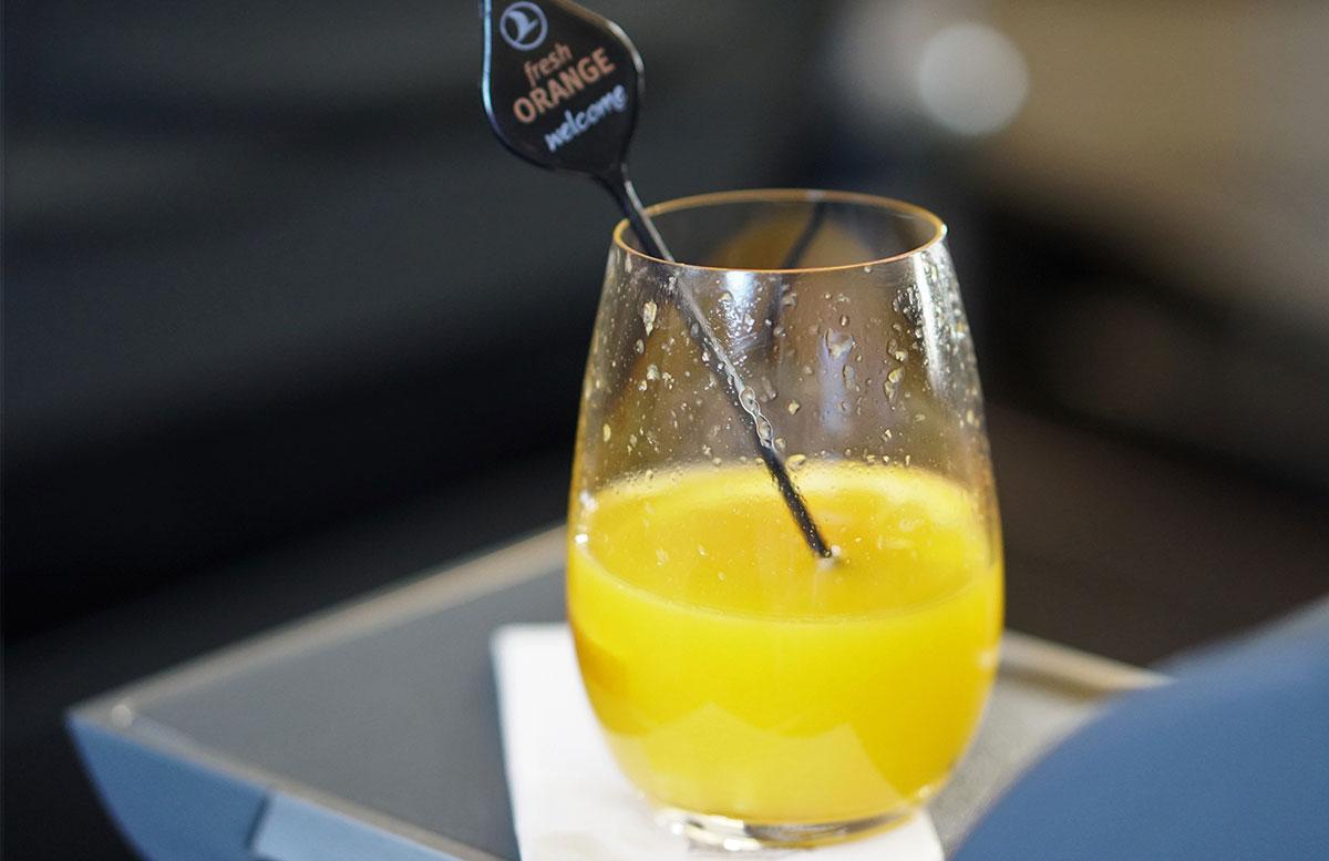 Mein Business Class Flug mit Turkish Airlines flieger frisch gepresster orangensaft