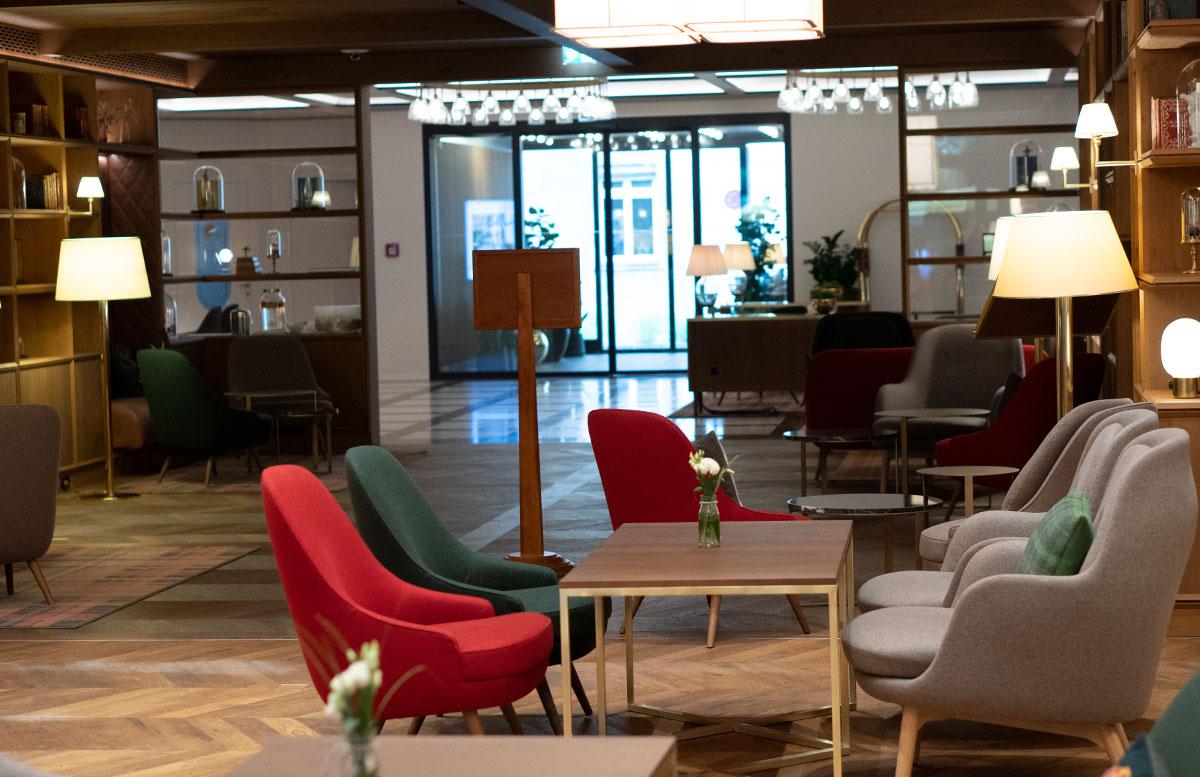Mein-Geburtstag-im-Sheraton-Grand-Hotel-Salzburg-lobby-hotel